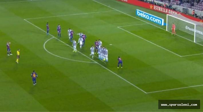 Lionel Messi, 50. Frikik golünü attı.