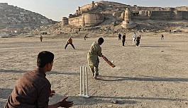 Kriket Nedir? (Kazanma, Kuralları ve Becerileri...