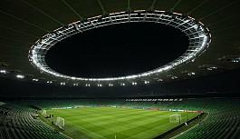 Coronavirus: Rusya, COVID-19 salgınına rağmen sporseverleri stadyumlarda tutmak istiyor