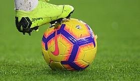 Herkes futbol oynayabilir ve futboldan anlayabilir.