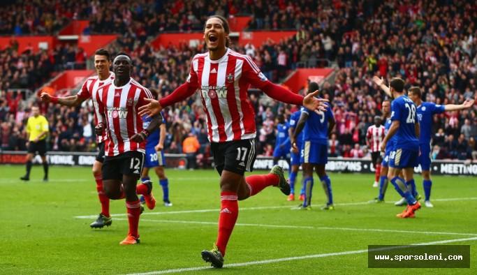 Southampton Van Dijy'ı Satmaya İhtiyaç Duymuyor