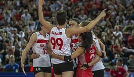 Filelerin sultanları, Sırbistan'a 3-2 mağlup olarak turnuvayı ikinci sırada noktaladı.